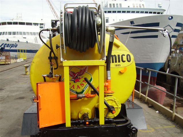 Enrollador motorizado para suministro de diésel desde cisterna en puerto