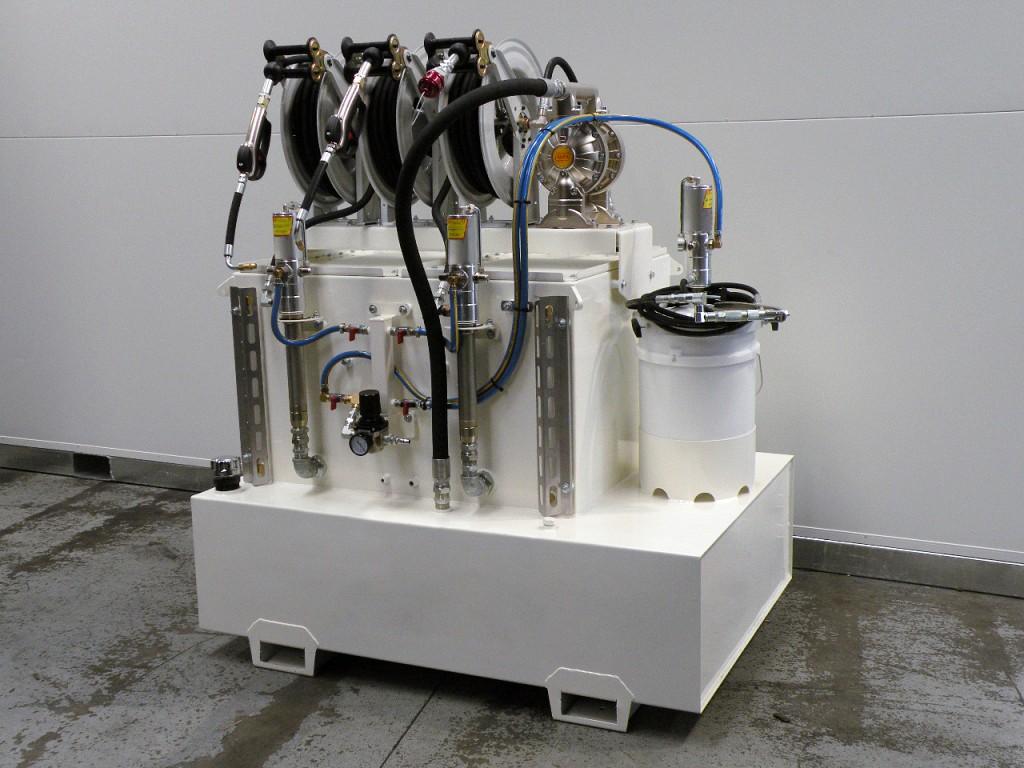 Kit portátil de engrase, suministro y recuperación de aceites desde vehículos