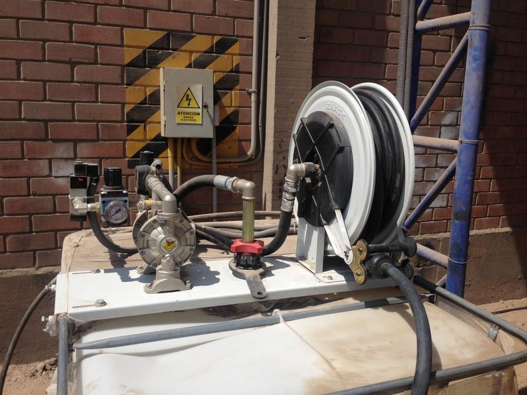 Kit suministro desde GRG 1000L con bomba de membrana